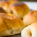 calories in rolls and buns